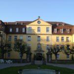 Schloss Kirchberg wird Bauernakademie und Flüchtlingsheim