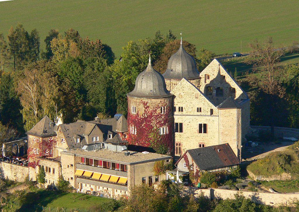 Aufnahme der Burg aus einem Heißluftballon / Foto: Wikipedia / Presse03 / CC-BY-SA 3.0