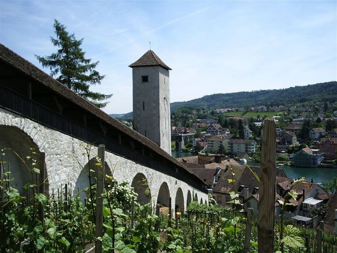 Munot: Östlicher Wehrgang und Römerturm/ Foto: Wikipedia / Wandervogel / CC-BY.SA 3.0