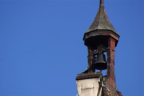 Das Munotglöckchen / Foto: Wikipedia /  Roland Zumbühl (Picswiss) / CC-BY-SA 3.0 / Foto oben: Wikipedia /