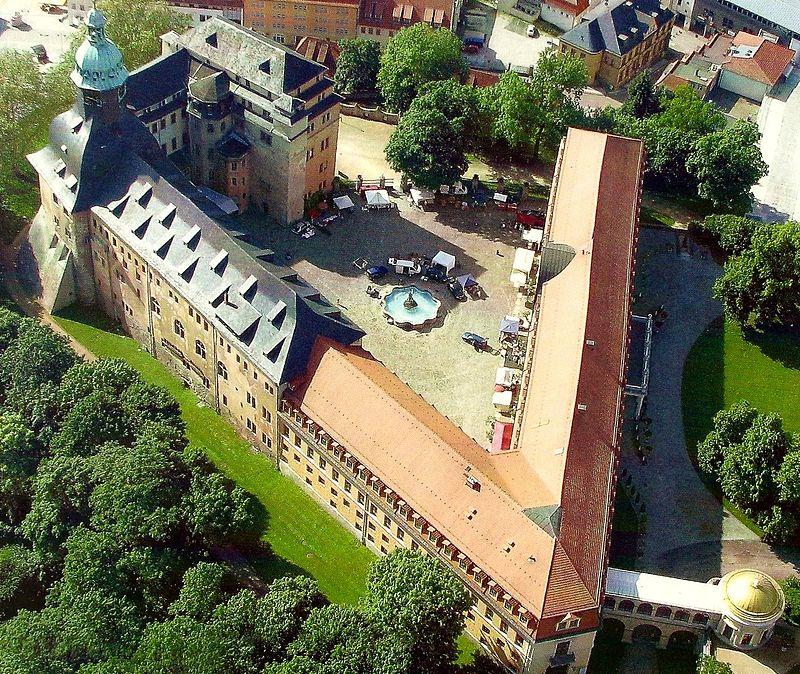 Luftbild des Schlosskomlexes / Foto: gemeinfrei