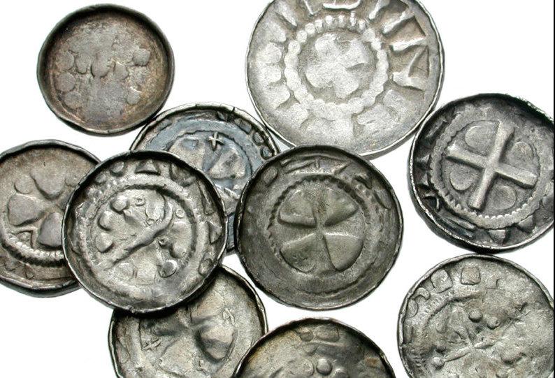 """Schatzfund: Solche """"Sachsenpfennige"""" wurden an der Oder gefunden. Foto: Wikipedia / Classical Numismatic Group, Inc. http://www.cngcoins.com / CC-BY-SA 3.0"""