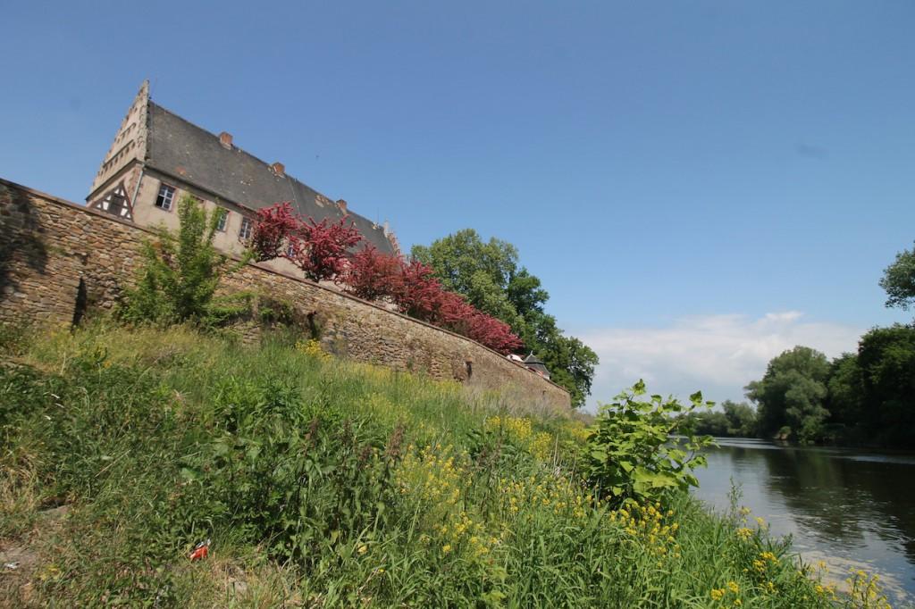 Schloss und Mulde