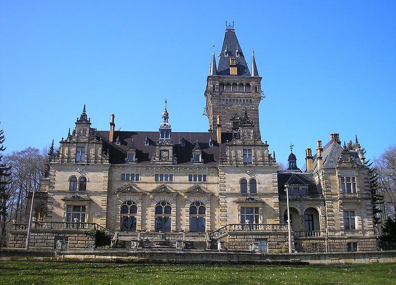 Schloss_Hummelshain1