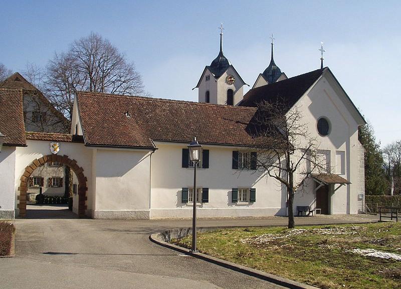 Schloss_Boettstein_Tor_1