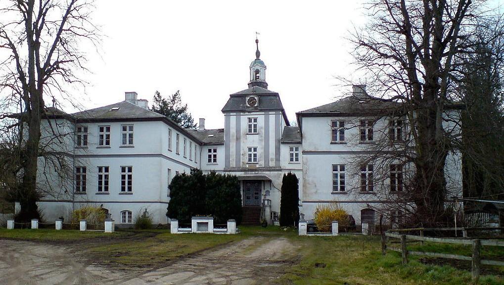 Schloss-Rantzau