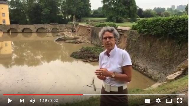 Gräfin berichtet in einem Video des Bonner Generalanzeigers von den Schäden / Screenshot Youtube