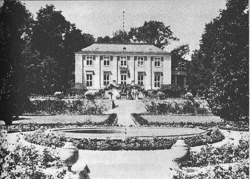 Schloss Freienwald 1907, zwei Jahre vor dem Kauf durch Walther Rathenau / Foto: gemeinfrei