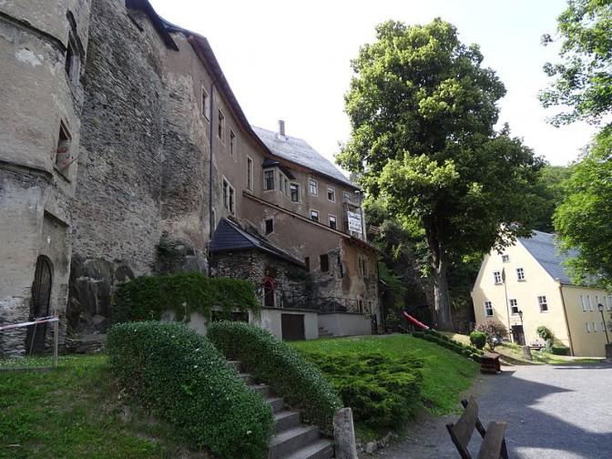 Schlossbau und Fronfeste (rechts) / Foto: Wikipedia / Aschroet / CC-BY-SA 3.0