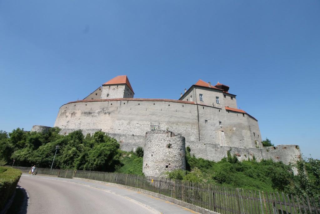 Trutzig: Burg Harburg