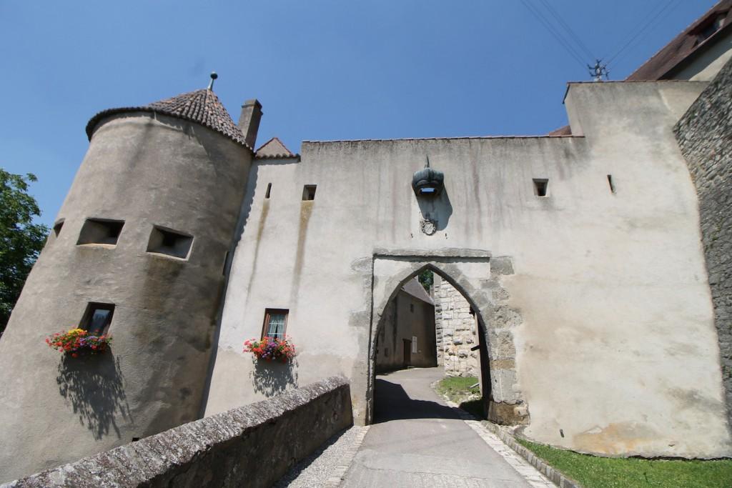 Das Tor zur Burg Harburg / Fotos: Burgerbe.de