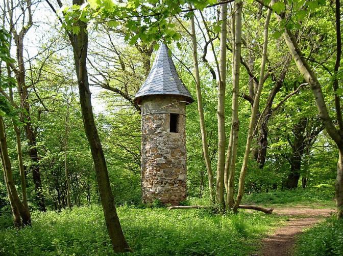 Warttürmchen im Park Hohenrode in Nordhausen. Der Förderverein des Parks macht auch bei der MDR-Show mit / Foto: Wikipedia / dontworry / CC-BY-SA 3.0