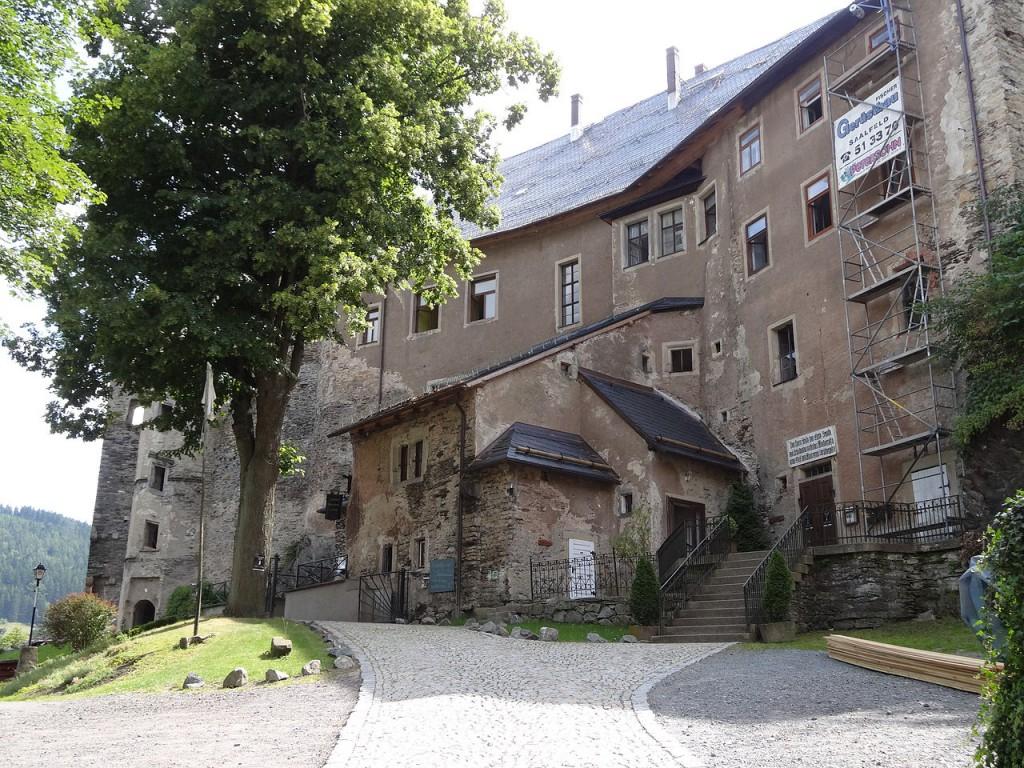 Willkommen auf Schloss Wespenstein / Foto: Wikipedia /  aschroet / CC-BY-SA 3.0
