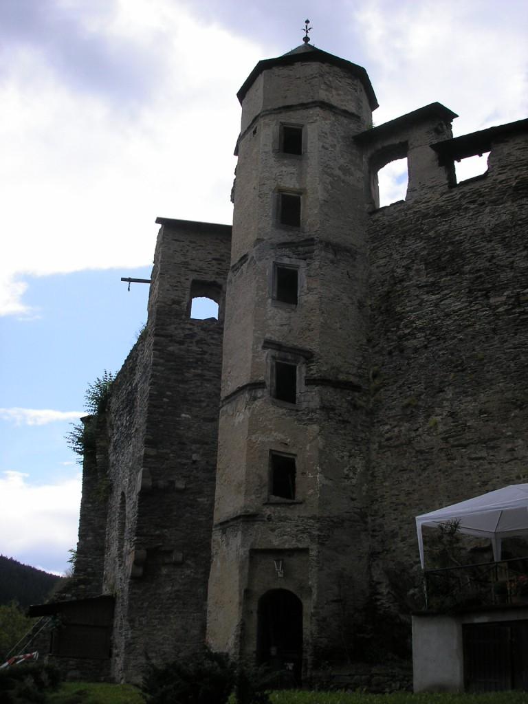 Der Treppenturm von Schloss Wespenstein / Foto: Wikipedia / Michael Sander / CC-BY-SA 3.0