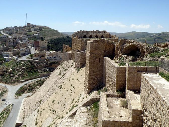 Ort der Geiselnahme: Die Burg Kerak (Al-Karak) / gemeinfrei / Foto oben: Wikipedia