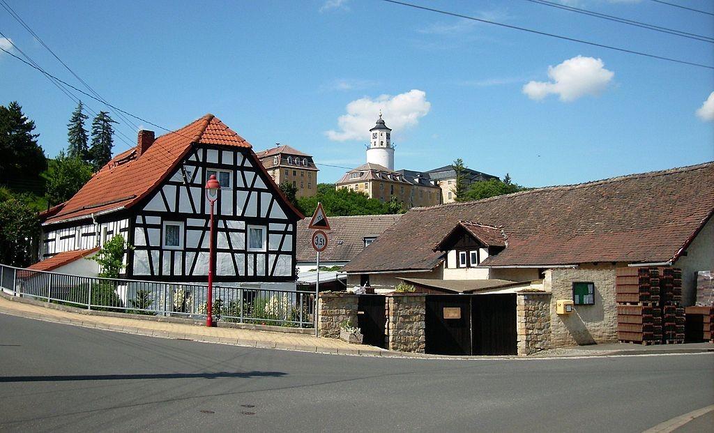 Schloss Crossen über Crossen / Foto: Wikipedia / Jwaller / CC-BY-SA 3,0