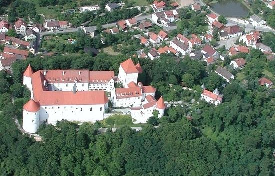 Luftbild Schloss Wörth Donau