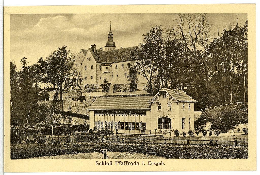 Schloss Pfaffroda auf einer Postkarte von 1912 / gemeinfrei
