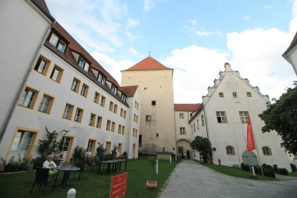 Inennhof von Schloss Wörth / Foto: Burgerbe.de