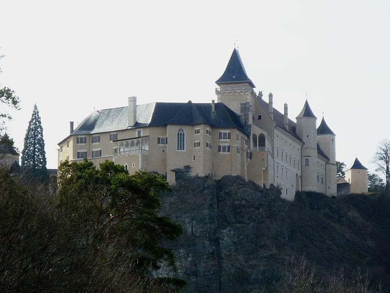 Schloss Rosenburg (Niederösterreich) ist im Film Schauplatz des Hofs von Burgund, Sitz von Maria und ihrem Vater Karl der Kühne / Foto: Wikipedia / Juemumue / CC-BY-SA 3.0