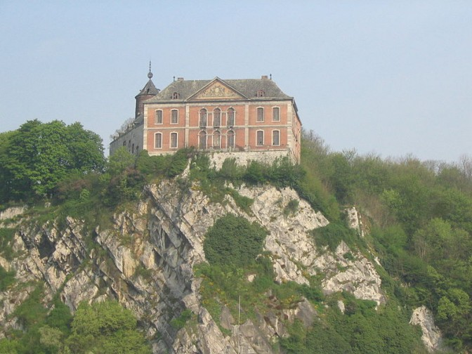 Schloss Chockier vor dem Brand / Foto: xofc / CC-BY-SA 3.0