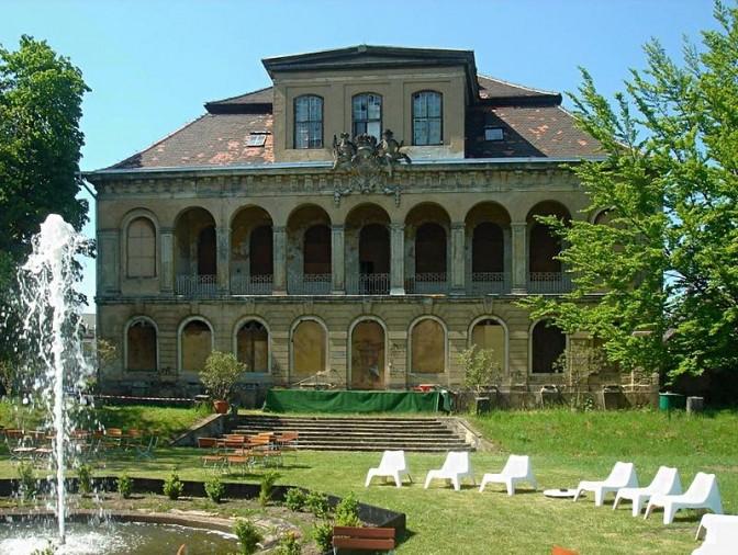 Gartenfassade von Schloss Übigau / Foto: Wikipedia / DynaMoToR / CC-BY-SA 3.0