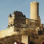 Sanierung von Burg Schwalbach dauert noch bis 2020