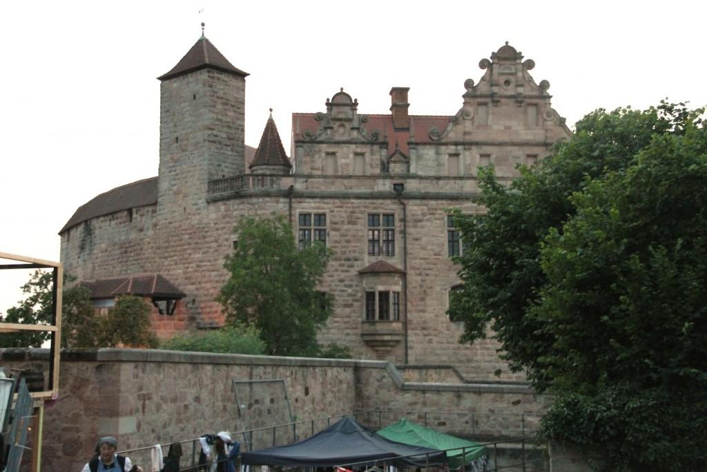 Die Cadolzburg wartet auf den Besucheransturm.