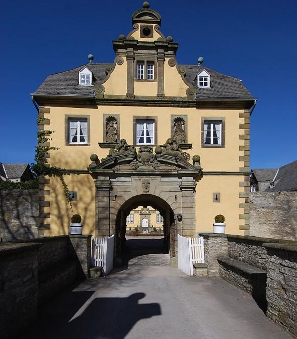 Schloss Eringerfeld Fotos: Wikipedia / Matthias Böhm / CC-BY-SA 3.0