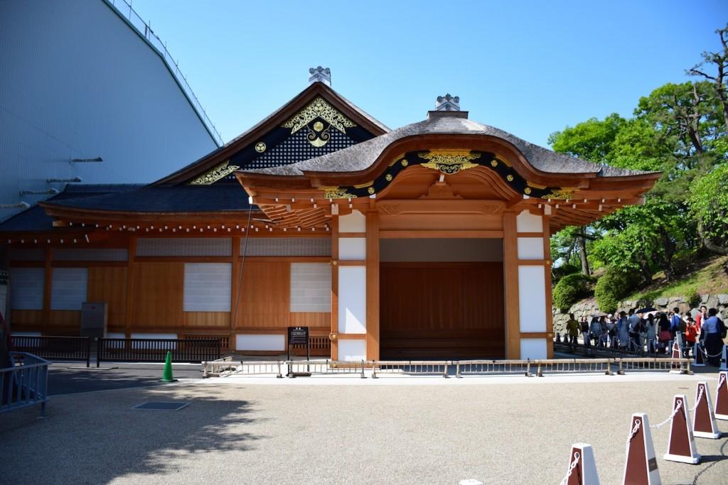Südlich von Burg Nagoya entsteht der Hommaru-Palast bis 2018 neu. Teile sind bereits zu besichtigen. Foto: Wikipedia / Bariston / CC-BY-SA 4.0