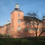 Düsseldorf: Kalkumer Schloss für 1 Euro zu verkaufen