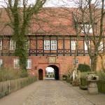 Schloss Ahlden: Bieterkampf um nackten Herrenmenschen