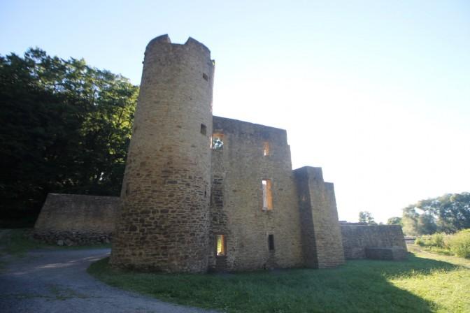 Die Ruine der Burg Hardenstein / Fotos: Burgerbe,de