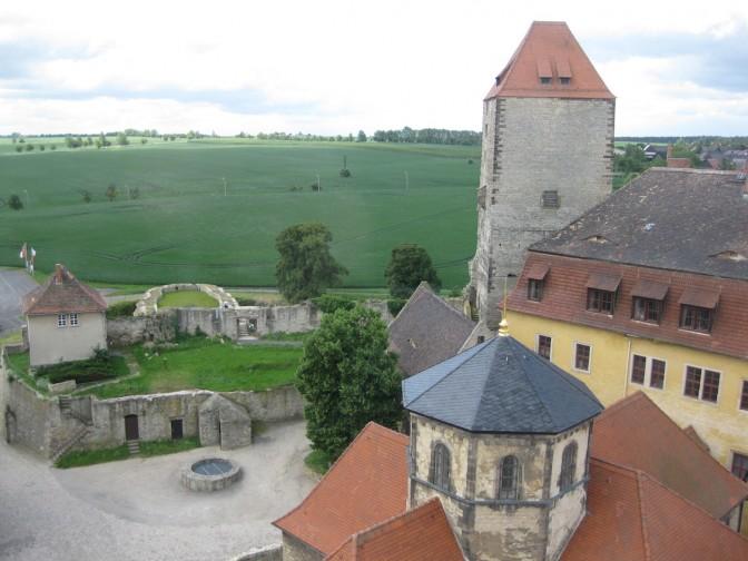 Als nächstes soll auf Brug Querfurt im Bereich des ehemaligen Brunnens gegraben werden. / Foto: Burgerbe.de