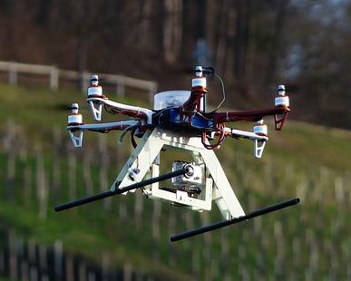 Eine Drohne soll Luftbilder des Areals der einstigen Burg Mömbris machen / Foto: Gemeinfrei