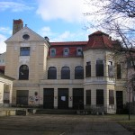 Neuer Drehort für Schloss Einstein: Aber wieso ein Kinderheim?