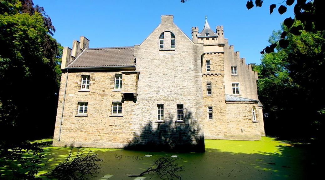 Schloss Werdringen - ein Wasserschloss in Hagen / Foto: Burgerbe.de