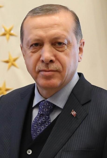Präsident Erdogan ist auf Schloss Wahn unerwünscht / Foto: gemeinfrei / Foto oben: Wikipedia / Duhon / CC-BY-SA 3.0