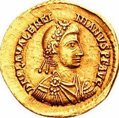 Solche Solidi aus der Zeit von Kaiser Valentinian III. (Kaiser 425-455) finden sich im Schatz / Foto: gemeinfrei