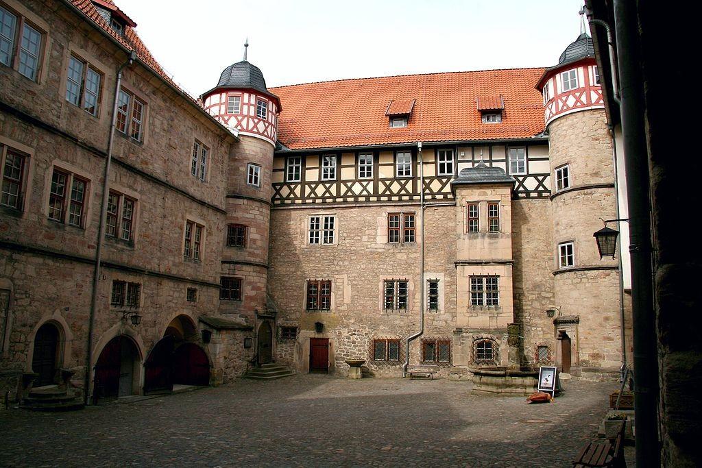 Innenhof der Bertholdsburg / Foto: Wikipedia / Krajo / CC-BY-SA 3.0
