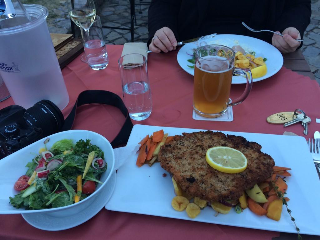 Wasserburg Gommern Restaurant Schnitzel