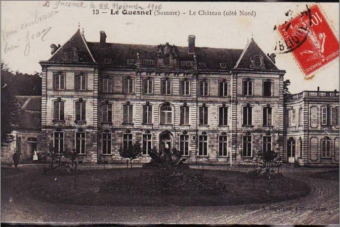 Chateau Quesnel um 1900 / Foto: Défense du patrimoine Français / Foto oben: Screenshot Video Courier de Picardi