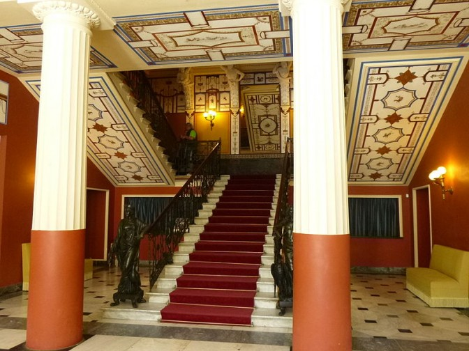 Eingangshalle des Achilleion / Foto: Wikipedia / Rosa-Maria Rinkl / CC-BY-SA 4.0
