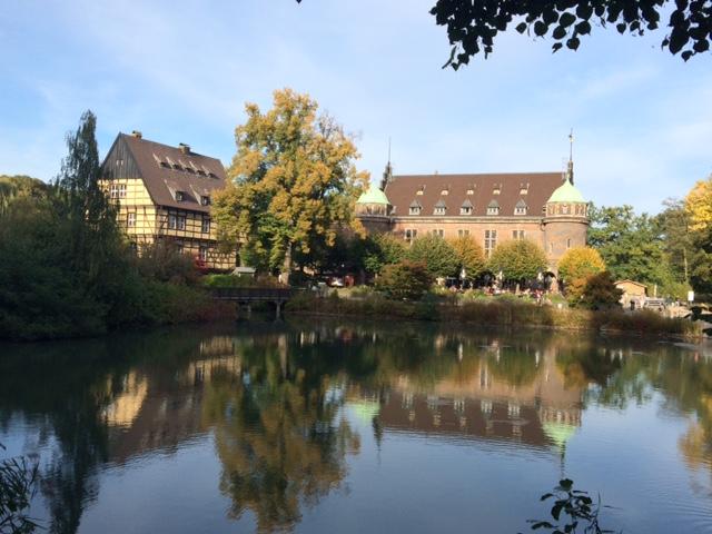 Schoss Wittringen: Wasserschloss in Gladback / Foto: Burgerbe.de