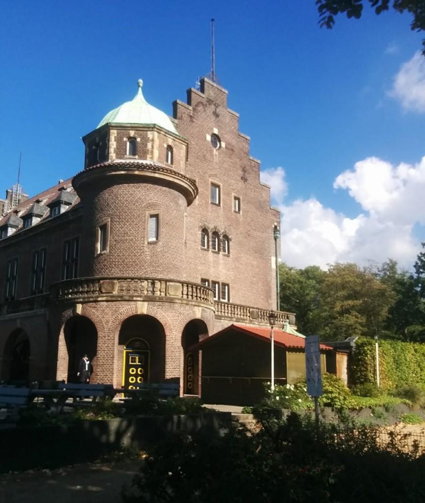 Schmuck: Das Wasserschloss Wittringen in Gladbeck. Fotos: Burgerbe.de