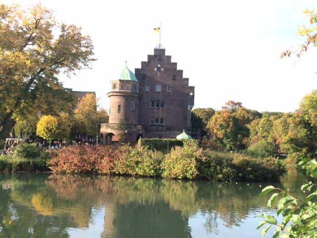 Staffelgiebel prägen das Schloss / Foto: Burgerbe.de