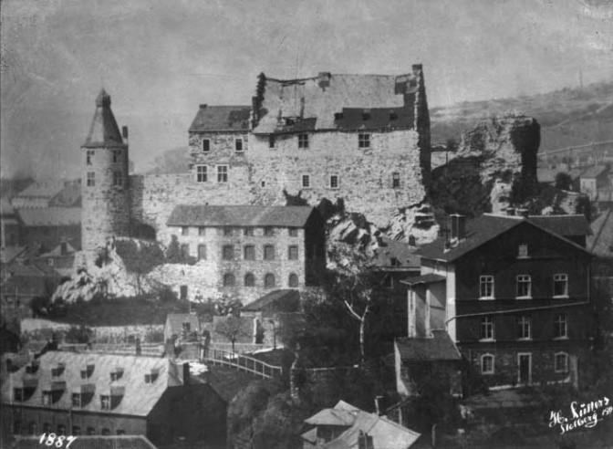 Heruntergekommen: Burg Stolberg 1887 / Bild: gemeinfrei
