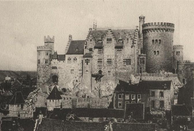 Burg Stolberg 1906: Jede Menge Zinnen / Bild: gemeinfrei
