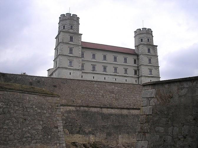 Tatort Willibaldsburg: Das Museum befindet sich im Gemmingenbau / Foto: Wikipedia / Dark Avenger / CC-BY.SA 3.0